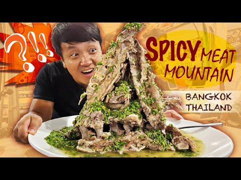 SPICY MEAT MOUNTAIN,  Legendary Noodles & Thai Street Food in Bangkok Thailand  Train Market