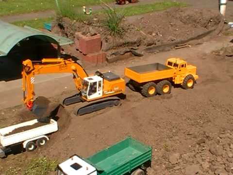 BIGGEST RC CONSTRUCTION SITE OF THE WORLD, HEAVY EQUICMENT, RC BIG DUMPER AND TIPPER