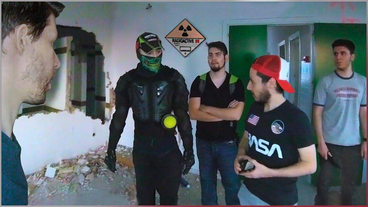 AQUÍ HAY RADIACIÓN - SURVIVAL ZOMBIE TV   PEDRO SALAMANCA