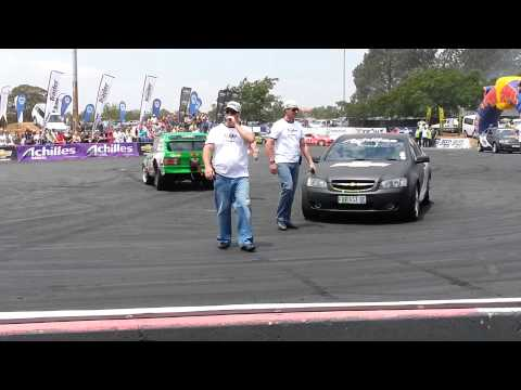 Drifting at Johannesburg Motor show 19 Oct 2013