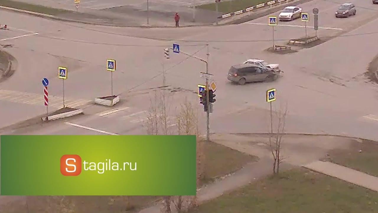 ДТП на перекрестке ул. Пархоменко и Карла Маркса