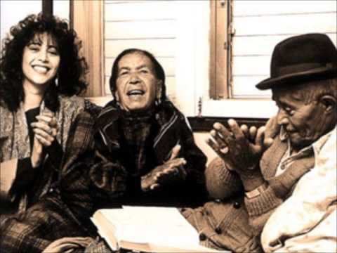 Rare Ofra Haza interview ראיון נדיר עם עפרה חזה: 1989 על ההקלטה של אמה