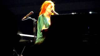 Tori Amos - That Guy in Villa Arconati (Milan, Italy 2010-07-13)