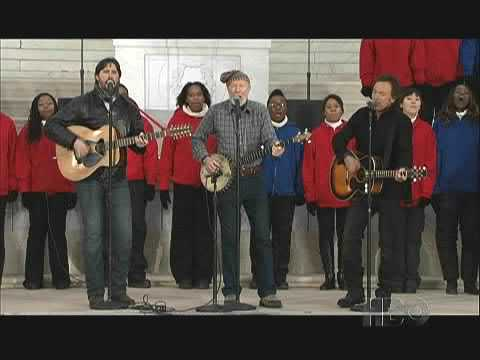 Pete Seeger - This Land is Your Land