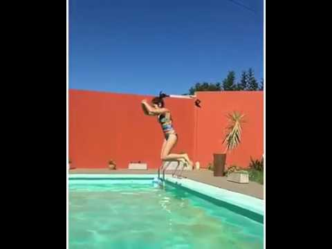 Karol sevilla en la piscina youtube - Piscinas prefabricadas sevilla ...