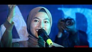 Download Feby Putri - MUNGKIN ( Melly Goeslow)  Live in Universitas semarang