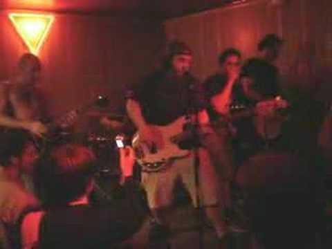 Beerbong - Murder Party (live Barcelona, sala Magic) mp3