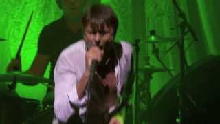 SUEDE - WE ARE THE PIGS - (LIVE IN PARIS 2013)