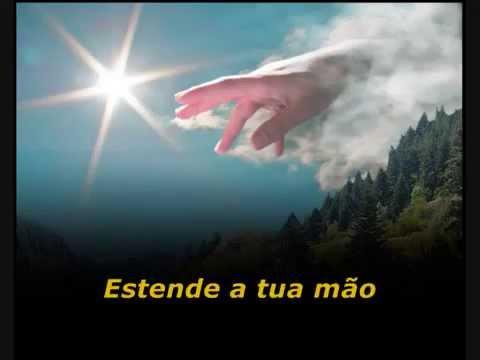 Deus Vem Me Socorrer - Bruna Karla (Playback e Legendado)