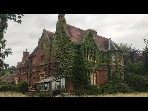 EXPLORING ABANDONED WEED GROWING MANSION
