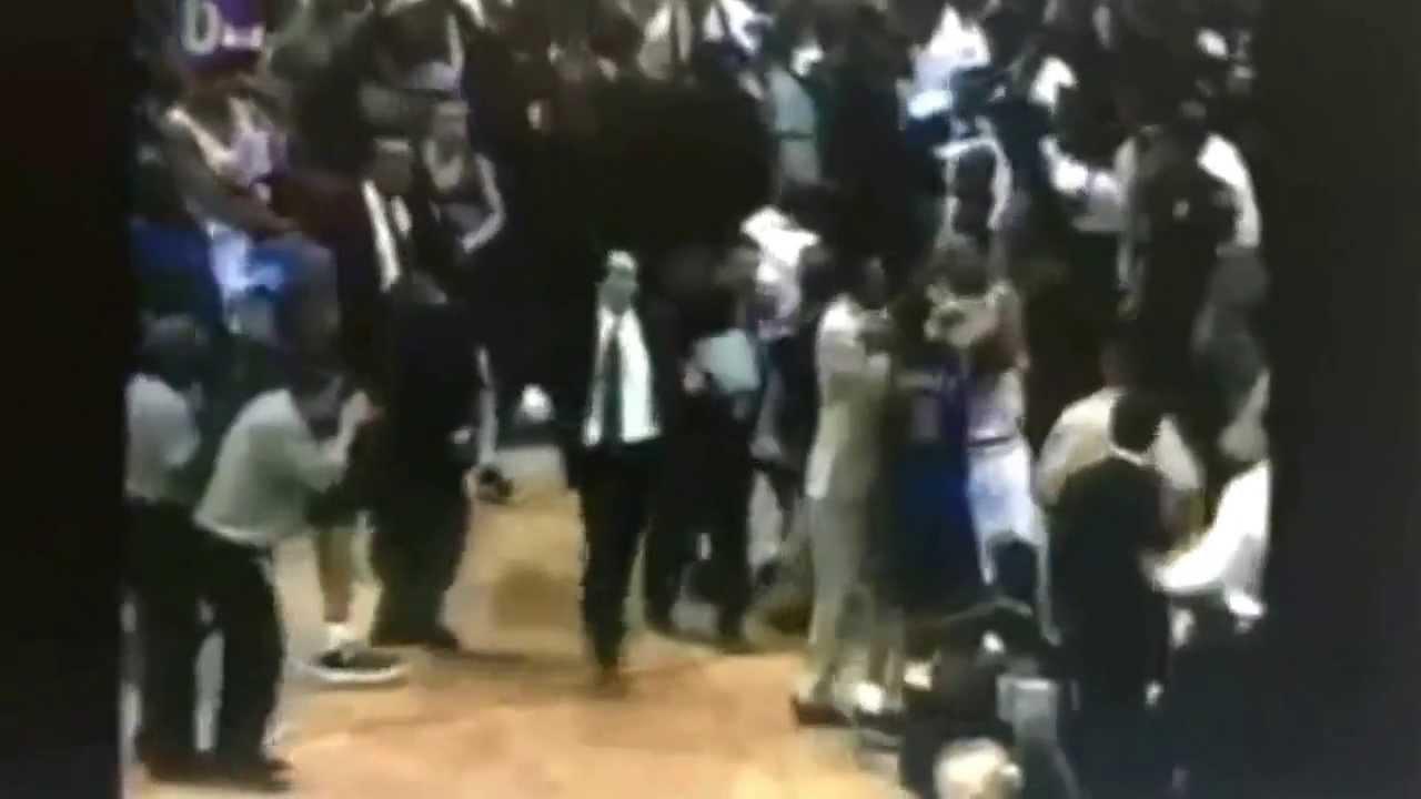 P J Brown flips Charlie Ward NBA Fight