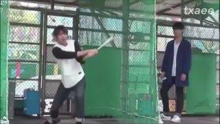 BTS (방탄소년단) V & Jungkook playing Baseball