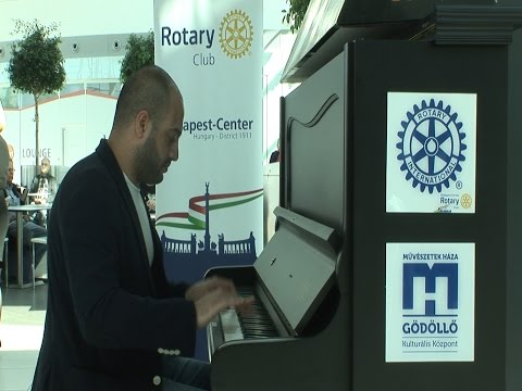Pianos around Europe Part 4 - Budapest Airport Maan Hamadeh