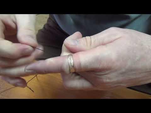 Лайфхак от спасателей Марий Эл: как быстро снять кольцо с отекшего пальца с помощью нитки