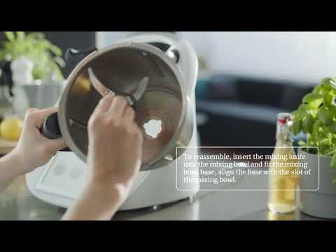THERMOMIX ® TM6 HOW TO SERIES | 05 HOW TO ASSEMBLE THE THERMOMIX® TM6 MIXING BOWL AND MIXING KNIFE