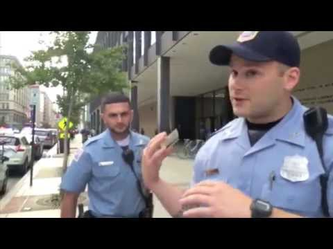 D.C. police officers attempt to prevent arrest from being videotaped