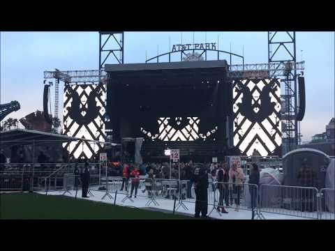 DJ White Shadow Live @ Joanne World Tour: San Francisco 8/13/17