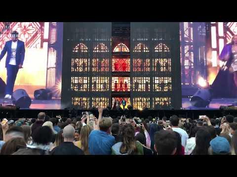 BEYONCÉ & JAY-Z | Family Feud [Live at Glasgow OTR II World Tour 2018]