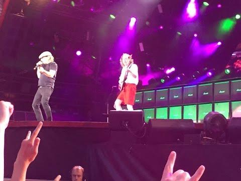 AC/DC Wembley 4th July 2015 Whole Lotta...
