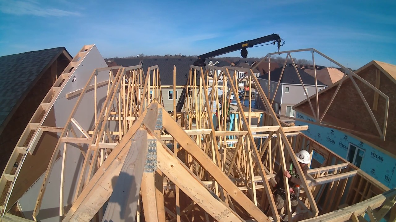 Installing Roof Trusses Youtube