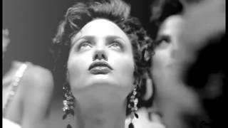 Джиа с Анджелиной Джоли (1998), Сахар,алкоголь и никотин - Земля АделИ