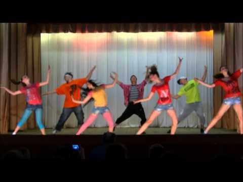 C2C - Happy Feat Derek Martin, hip-hop choreography by Yaroslav and Lyubomyr Bovsunovskyy