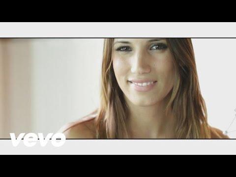 India Martinez - Manuela (Primer Plano)