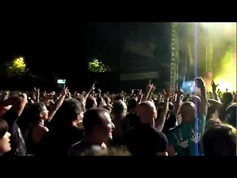 Judas Priest - Breaking the Law [Istanbul 2011]