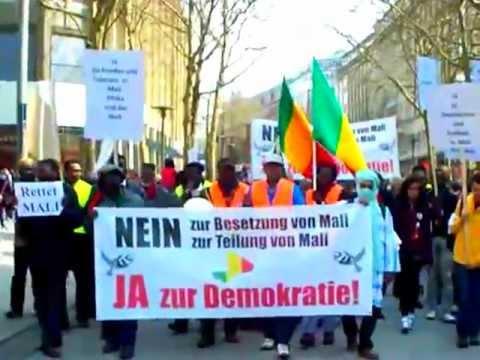 Mali - Crise Malienne - Marche des Malienne de ALLEMAGNE ( HAMBOURG)