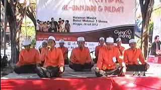 Video Syauqul Habib JUARA 1 - IWAK PEYEK (Festival Banjari UNESA 2012) download MP3, 3GP, MP4, WEBM, AVI, FLV April 2018
