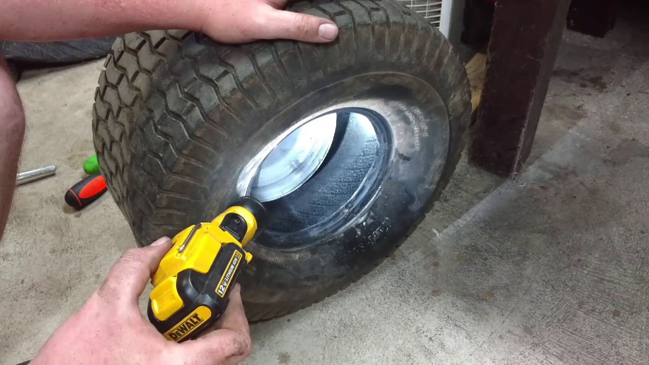 How to: Install tube in lawn mower tire - YouTube