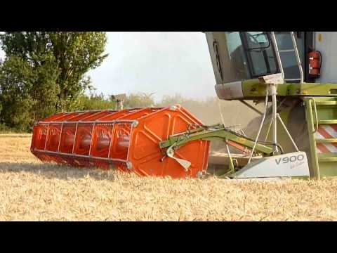 Claas Lexion 580 & V900 with Laser Pilot - Harvest 2010