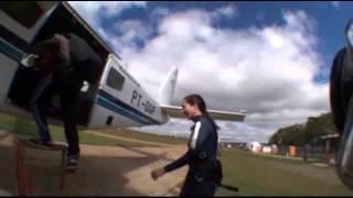 Baixar Salto duplo Gisele Garcia 08-07-2012 (Handycam)