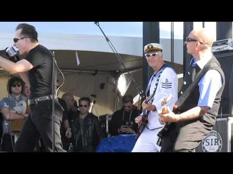 The Damned  New RoseNeat Neat Neat  Chicago Riot Fest 2015