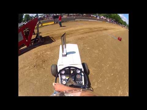2013 Diesel garden tractor pulling. Grantsville, Maryland.