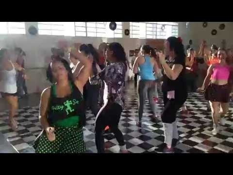 Girls Just Want to Have Fun Cyndi Lauper - Zumba anos 80 (coreografia)