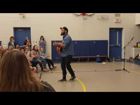 Simon Ward of the Strumbellas Wows the Crowd at Jack Callaghan With Hit