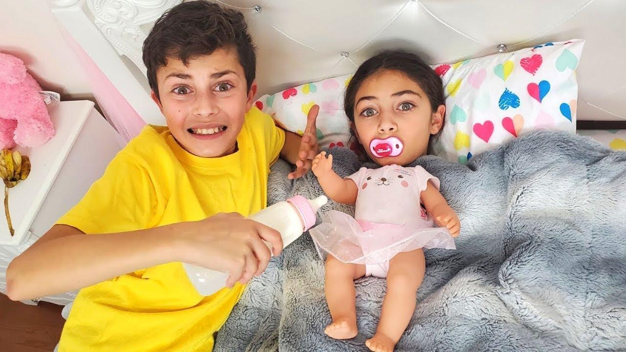 बच्चों के लिए बेबी मजेदार कहानियों के साथ नाटक खेलना | Heidi & Zidane