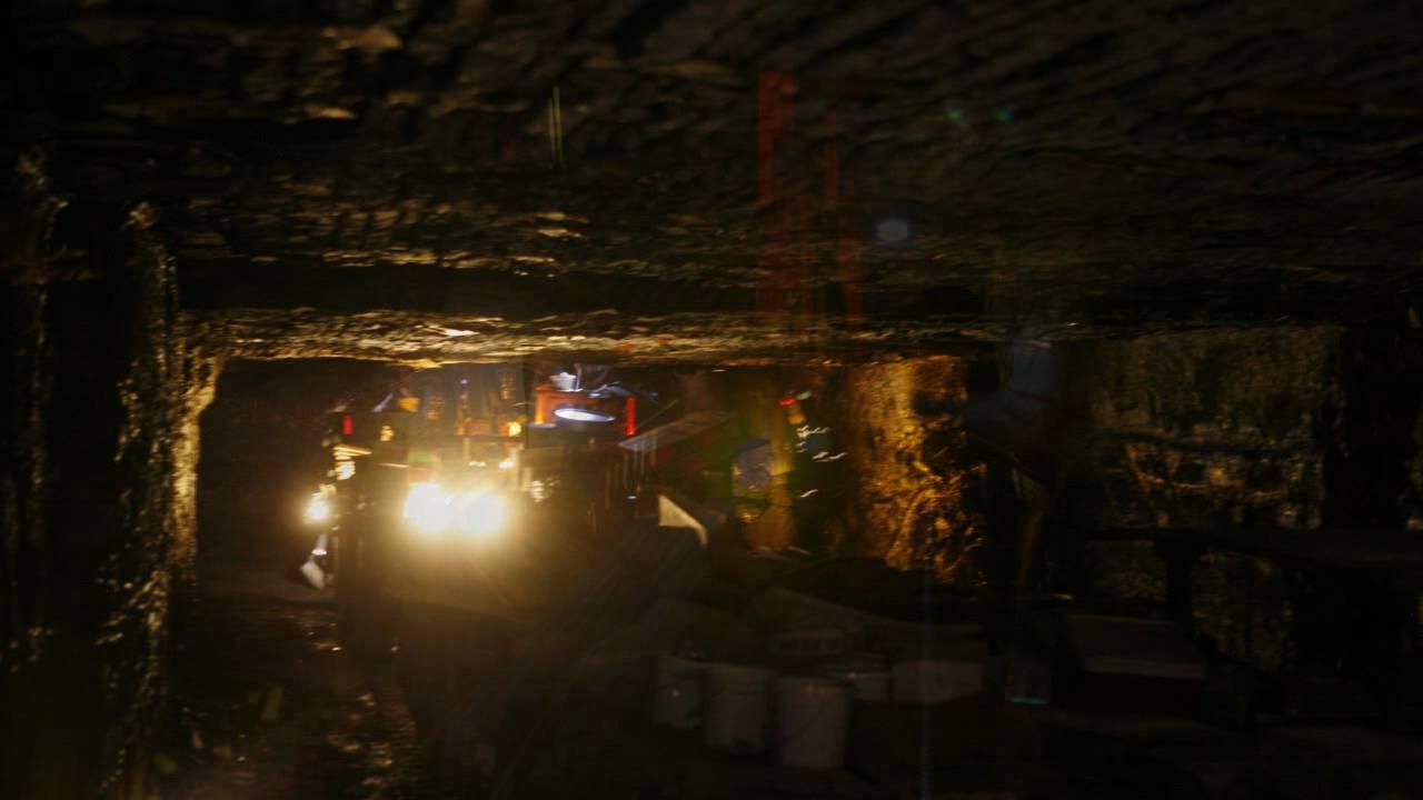 300 ft down inside the viper coal mine youtube