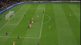 FIFA 19 Fallrückzieher Alassane Plea