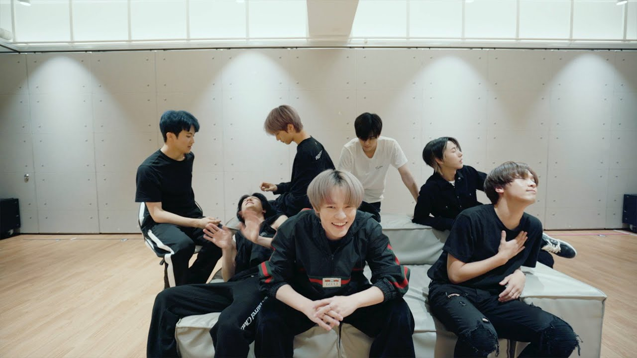 Dance Practice: 'Dive Into You'