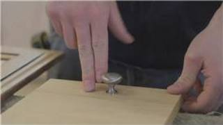Cabinets 101 : How to Change Hardware on a Cabinet