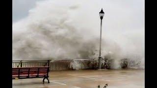 Siêu bão Mangkhut đổ bộ Hong Kong với từng cột sóng cao 14m
