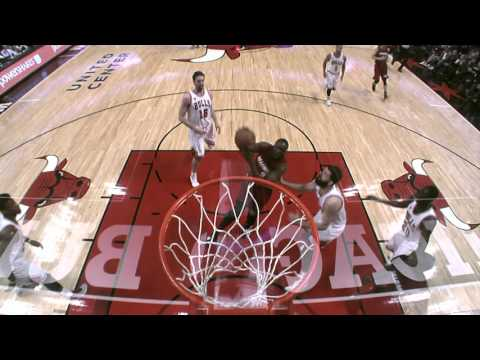 Luol Deng Throws it Down on Chicago