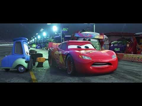 Молния Маквин и авария в гонке с Джексоном Штормом.