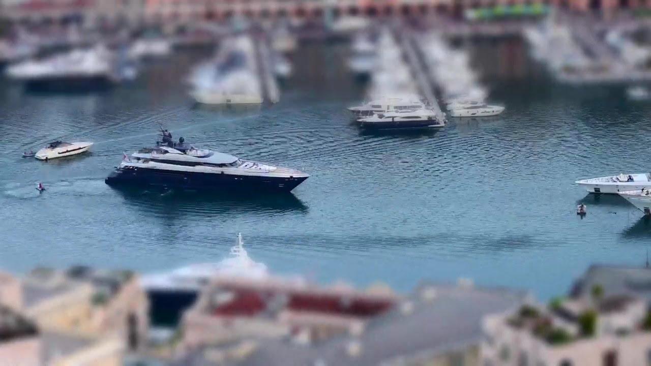 Motor Yacht SARASTAR in port of Monaco.  (video #2)