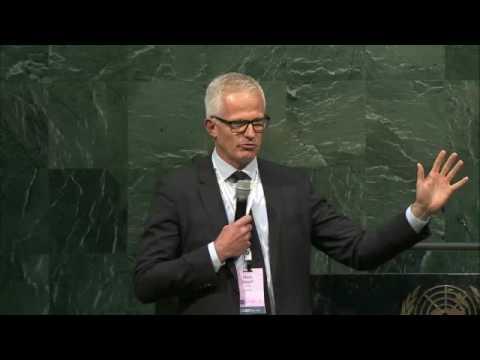 Mads Nipper - Leaders Summit 2016 - Day 1 at UN Headquarters