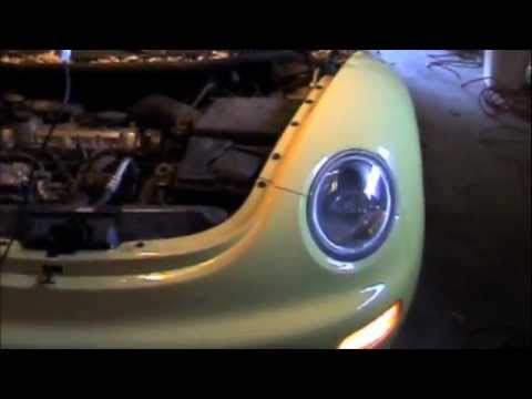How To Change A Head Light Bulb, VW Beetle - YouTube