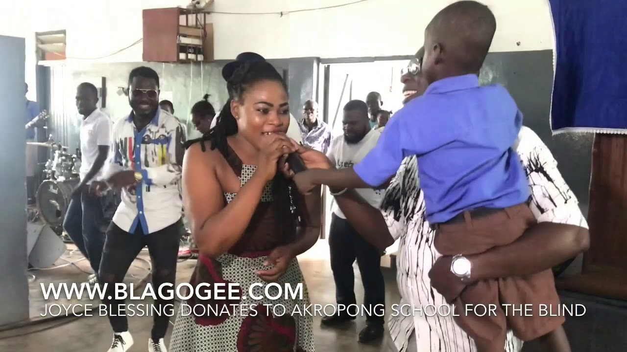 Photos+Video: Joyce Blessing Donates To Akropong School For