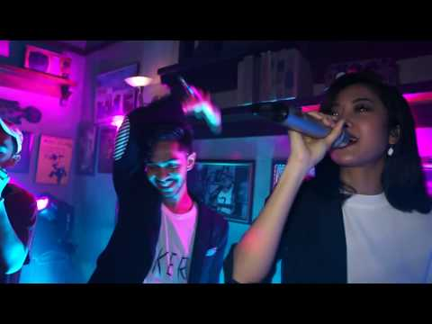Onadio Leonardo - On A Day Just Like This Ft. Widi Vierratale ( Live Version )
